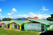 الإقامة في الحرم الجامعي, Academia Tica, سان خوسيه
