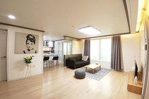 صور توضيحية لهذه الفئة من الإقامة مقدمة من   Rolling Korea - 2