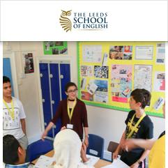 The Leeds School of English, ليدز