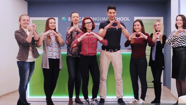 الطلاب في سان بطرسبرج