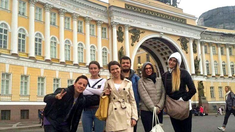 الرحلات في سانت بطرسبرغ