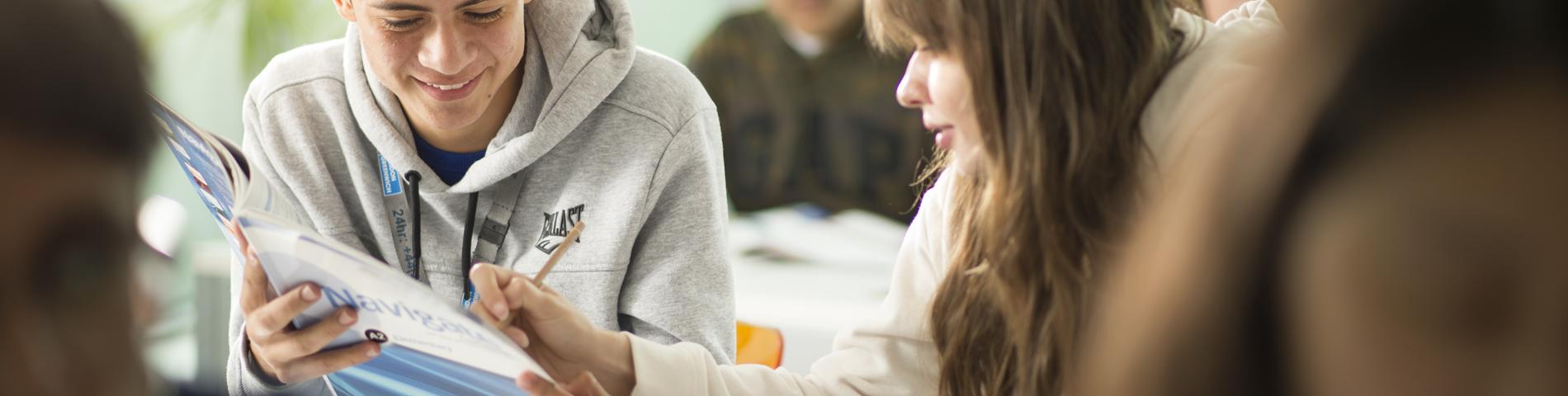 Oxford International Education صورة 1