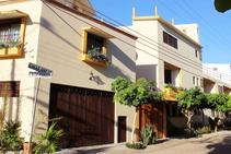 Surf House La Barca, Oasis Language School, Puerto Escondido - 1