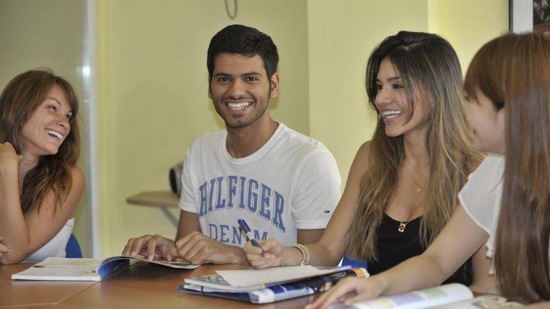 Studenti Enforex in classe