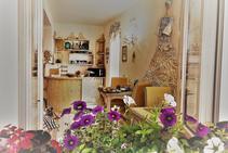 Exemple de photo pour cette catégorie d'hébergement fournie par SLANG. Sardinia, senses & language