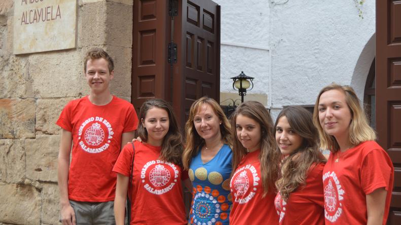 Groupe junior au Colegio de España