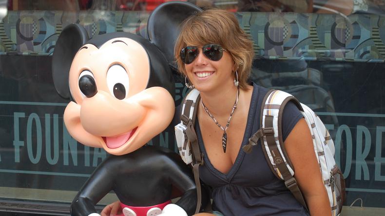 Avec mickey mouse