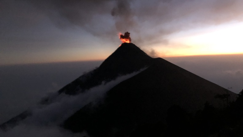 Randonnée de nuit volcan Acatenango, près d'Antigua