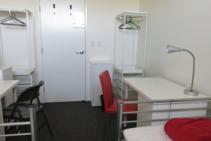 Residencia, Lexis English, Byron Bay - 1