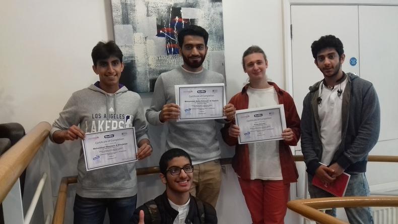 Estudiantes con certificados