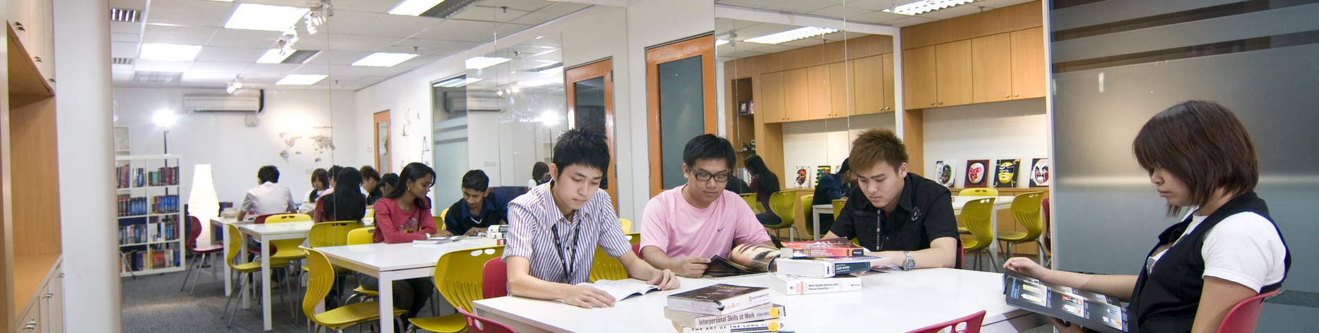 Imagen 1 de la escuela Yes English