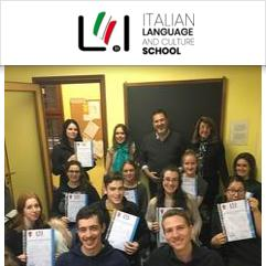 Language in Italy, Rom