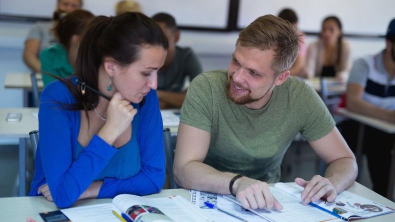 Studerer hos English in Cyprus