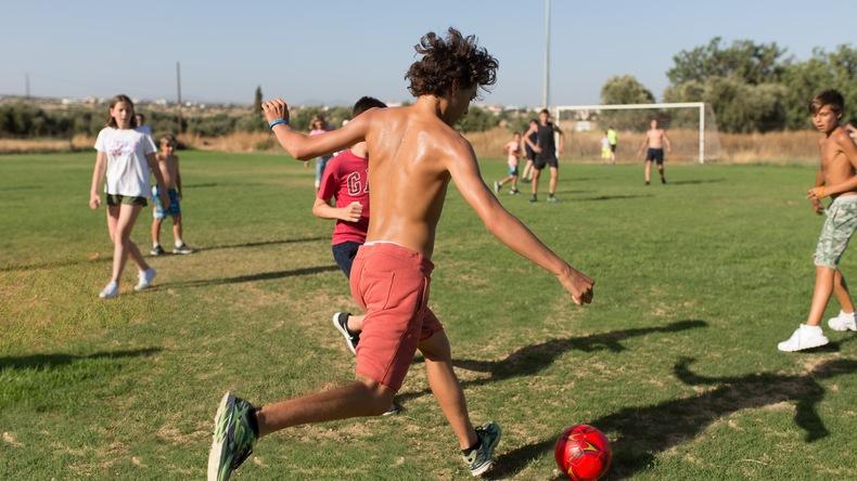 Dyrker sport hos English in Cyprus