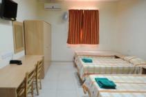 Hostel (HOSSHR), Clubclass, St. Julians - 1
