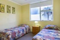 Carlton Apartments, EC English, Gold Coast - 2