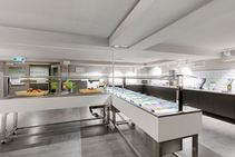 ユースホテル シングルルーム, DID Deutsch-Institut, フランクフルト