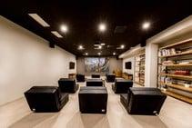 Studio Twin - The Loft Town, Expanish, バルセロナ