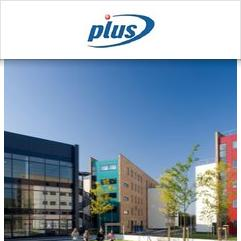 PLUS Junior Centre Uxbridge, ロンドン
