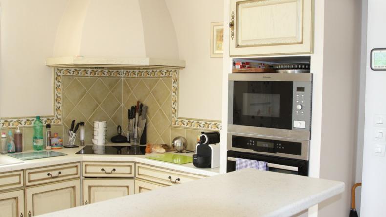 宿泊施設のキッチン