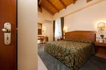 Albergo Touring - 3 csillagos hotel, Centro Koinè, Bologna - 1