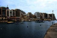 Spinola Bay