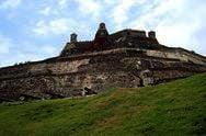 Замок Сан-Фелипе-де-Барахас