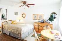 Example image of this accommodation category provided by CEL College of English Language Downtown - 2