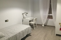 Example image of this accommodation category provided by Hispano Continental - 2