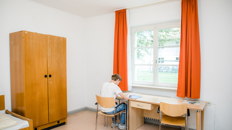 Guesthouse study area