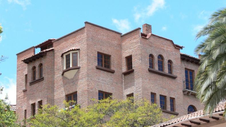 Estudio Sampere building