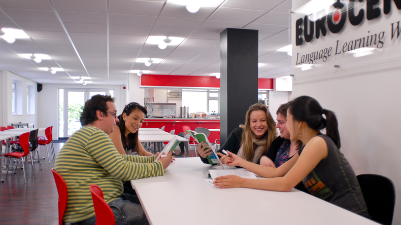 Studying at Eurocentres