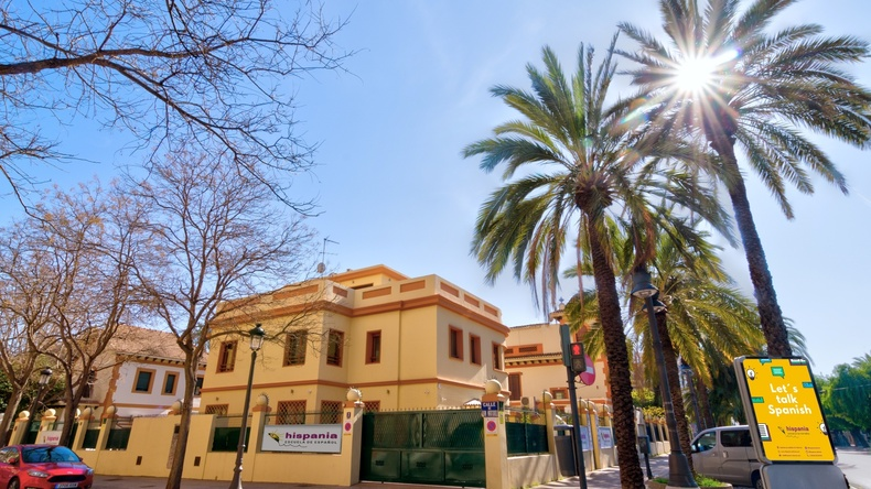 School building in Valencia