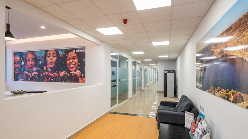 Inlingua hallway