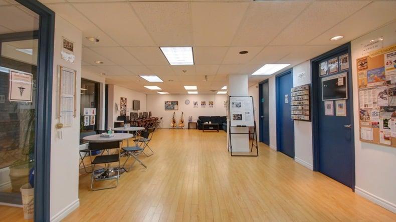 LSI hallway