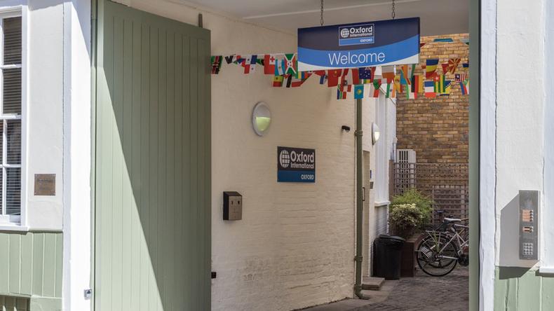Oxford International Education school entrance