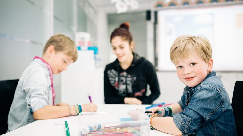 Studiujący uczniowie