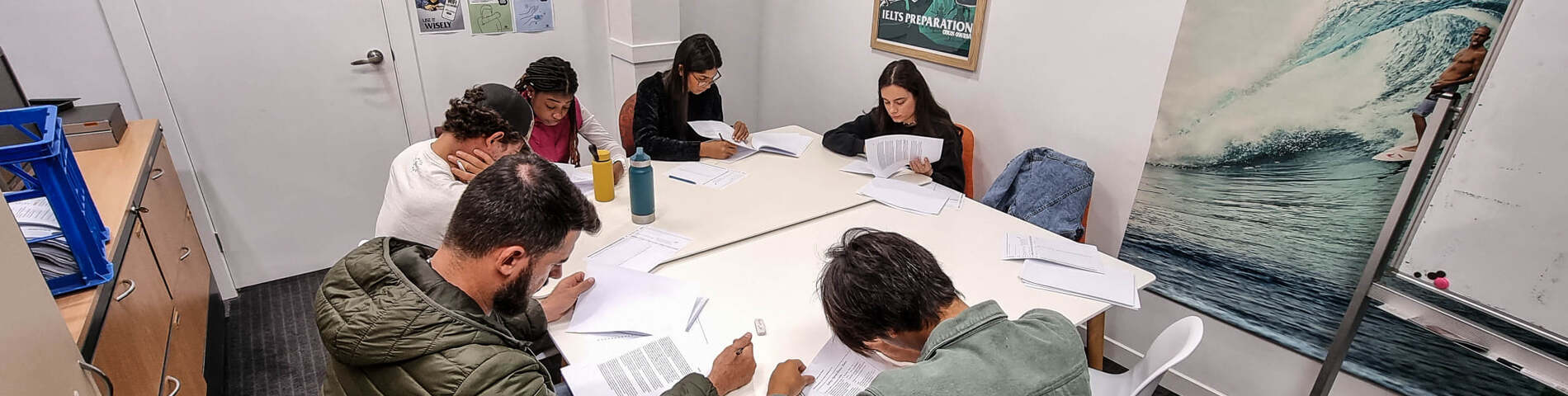 Burleigh Heads Language College bilde 1