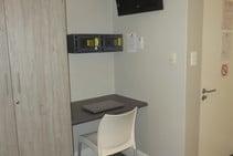 Ih School Residence -Green Point - twin shared, International House, Кейптаун - 2