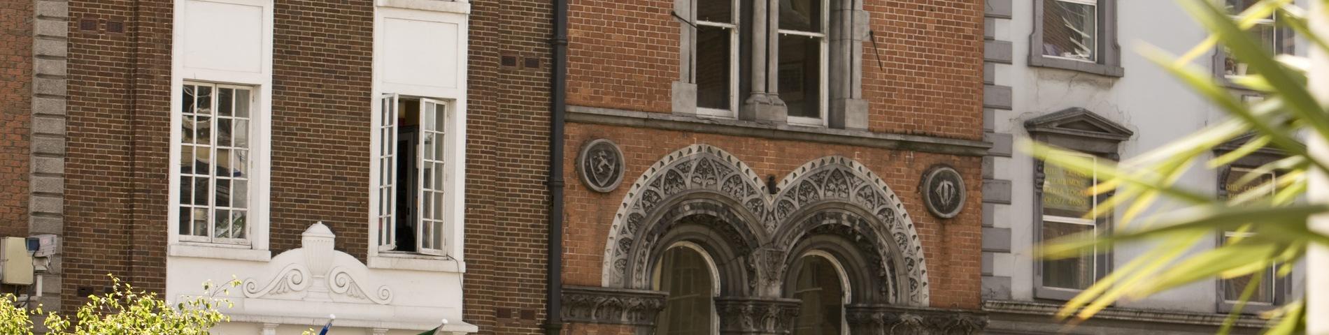 1 фотографий Centre of English Studies (CES)