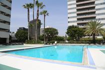 Exempelbild av bostadskategorin som CEL College of English Language Santa Monica anordnar. - 2