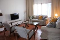 Exempelbild av bostadskategorin som Cervantes Escuela Internacional anordnar.