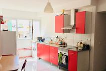 Exempelbild av bostadskategorin som Instituto de Idiomas Ibiza anordnar. - 1