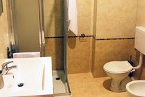 Residence C2 - Double room for single use , Piccola Università Italiana - Le Venezie, Trieste - 2