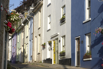 Exempelbild av bostadskategorin som Riviera English School anordnar.