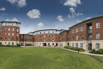 Exempelbild av bostadskategorin som Studio Cambridge anordnar. - 2
