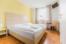 Mládežnícky hotel, DID Deutsch-Institut, Berlín - 1