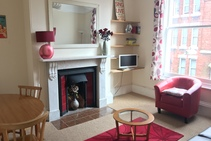 Private Apartment, Globe English Centre, Exeter - 2