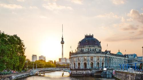 Frankfurt dátumové údaje miesta