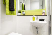 Self-Catering Apartment, Apollo English Language Centre, Dublin - 1